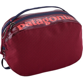 Patagonia Black Hole Cube Bag Small Arrow Red